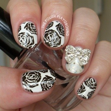Blacken 20roses 20stamping 20nail 20art thumb370f