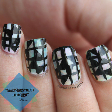 Checkered triangles nail art 2 thumb370f