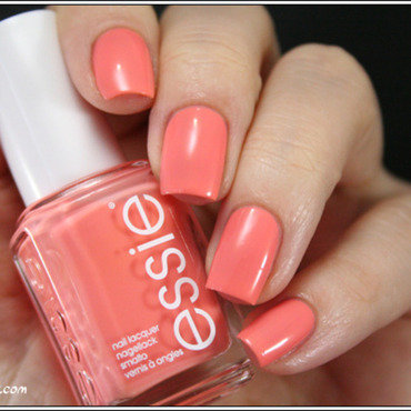 Essie Resort Fling Swatch by Mary Monkett