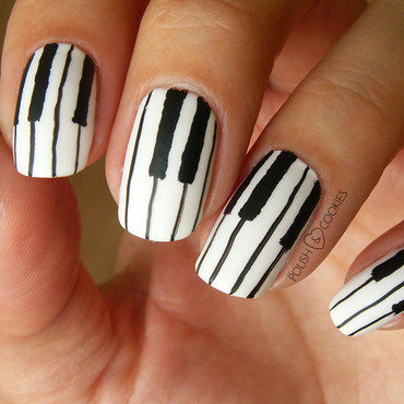 Piano Girl nail art by PolishCookie