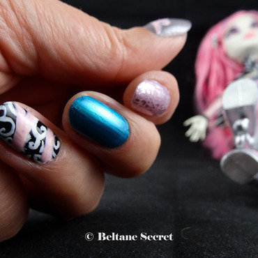 Monster High Nail Art nail art by Virginie