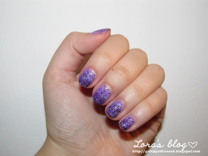 Sponged dotted purple nail art by Lora
