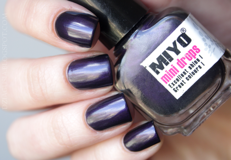 Miyo Mini Drops # 54 Arctic Night. Swatch by Magda
