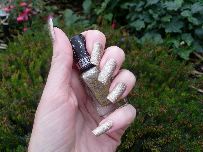 Barry M Majesty Swatch by Tracey - Bite no more