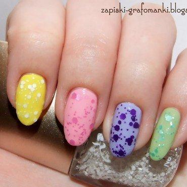 Dat-Dots! nail art by Paulina Domoradzka