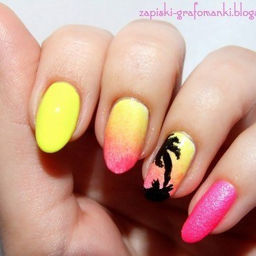 Summer Neon Time nail art by Paulina Domoradzka