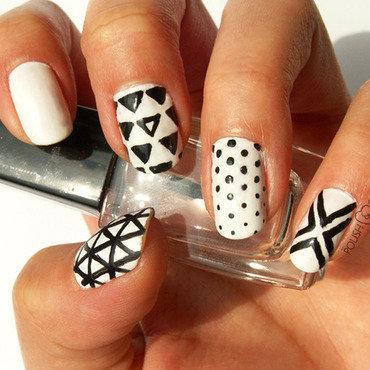 Black/White  nail art by PolishCookie