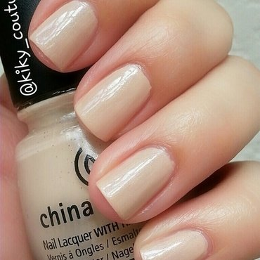 China Glaze Don't Honk Your Thorn Swatch by Ximena Echenique