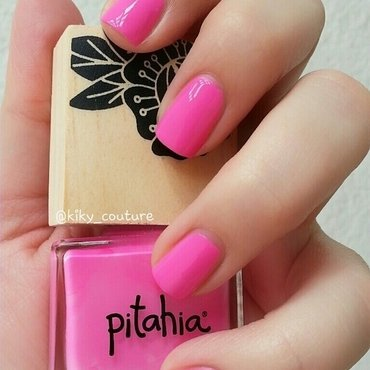 Pitahia Peonia Swatch by Ximena Echenique