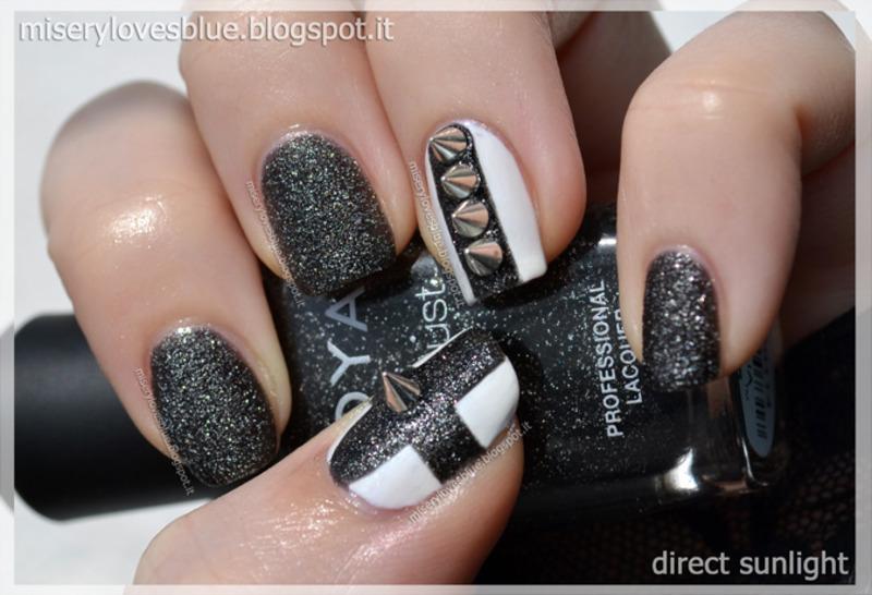 Metalhead Nail Art nail art by MiseryLovesBlue