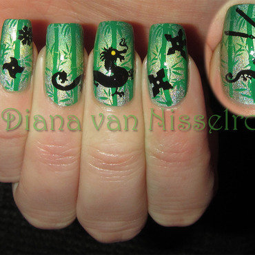 Dragon fighting in the bamboo forest nail art by Diana van Nisselroy
