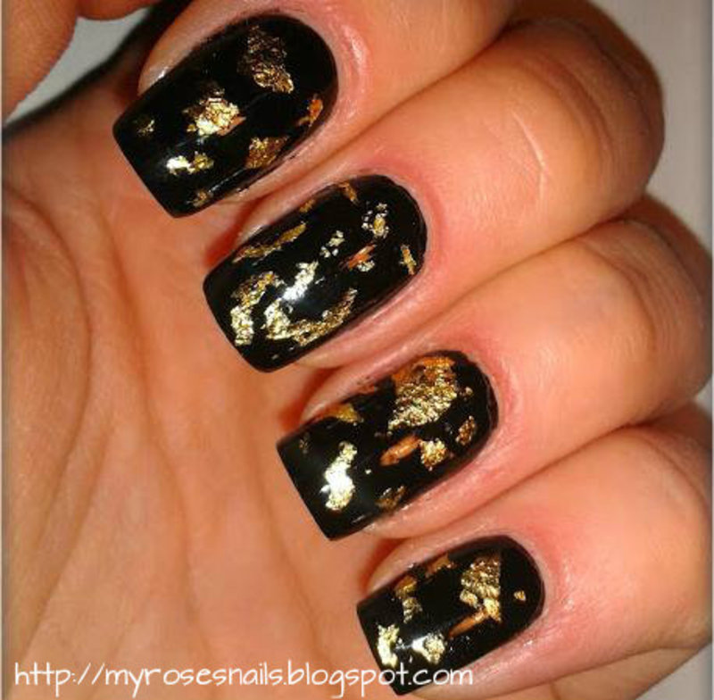 Black And Gold Flakes Nail Art By Ewa Nailpolis Museum Of Nail Art