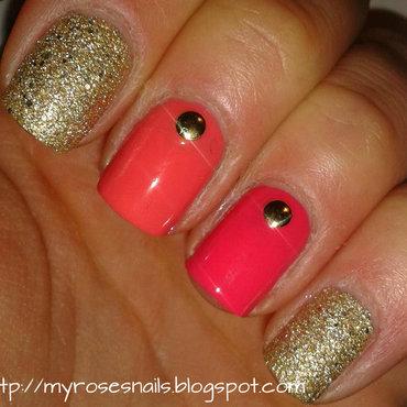 Coral and gold nail art by Ewa
