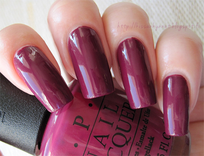 O.P.I Casino Royale Swatch by Yue