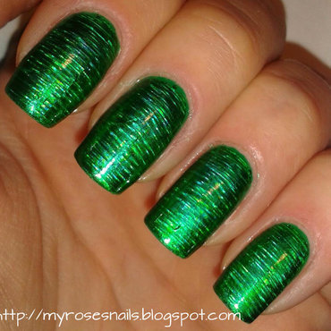Green transfer foil nail art by Ewa