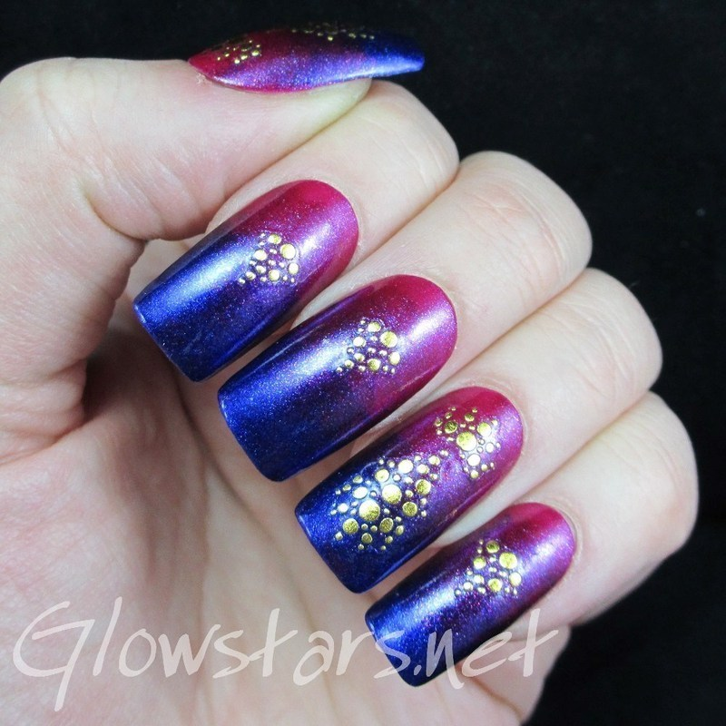 I'll meet you by the wishing well nail art by Vic 'Glowstars' Pires