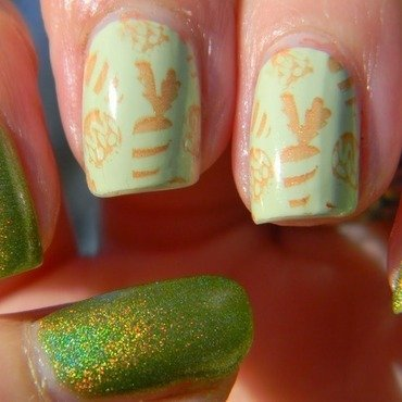 Holotta Carrots nail art by Polishfreshie