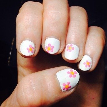 Dry spring nail art by Natalie