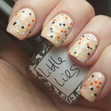 L-A Glitter Nails Little Lies Swatch by Sam