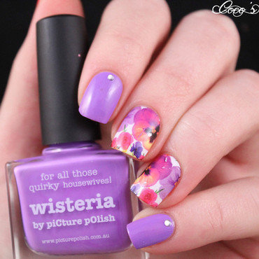 Floral skittlette nail art by Cocosnailss