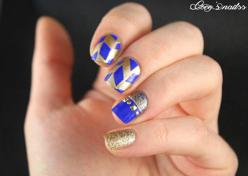 Gold and royal blue nail art by Cocosnailss - Gold And Royal Blue Nail Art By Cocosnailss - Nailpolis: Museum Of