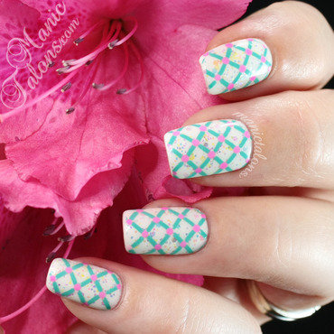 Lattice, Glitter and Dots for Spring nail art by ManicTalons