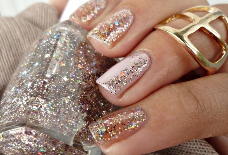Glitters nail art by Romana
