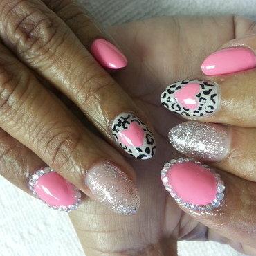 my hart sparkles nail art by Haily Velez