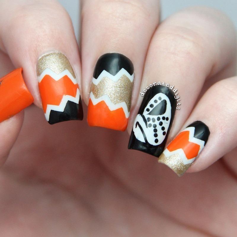 Anaheim Ducks nail art by Jordan