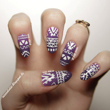 Tribal Nails & Purple Ombre nail art by Robin