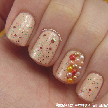 Pearly nails nail art by Maria