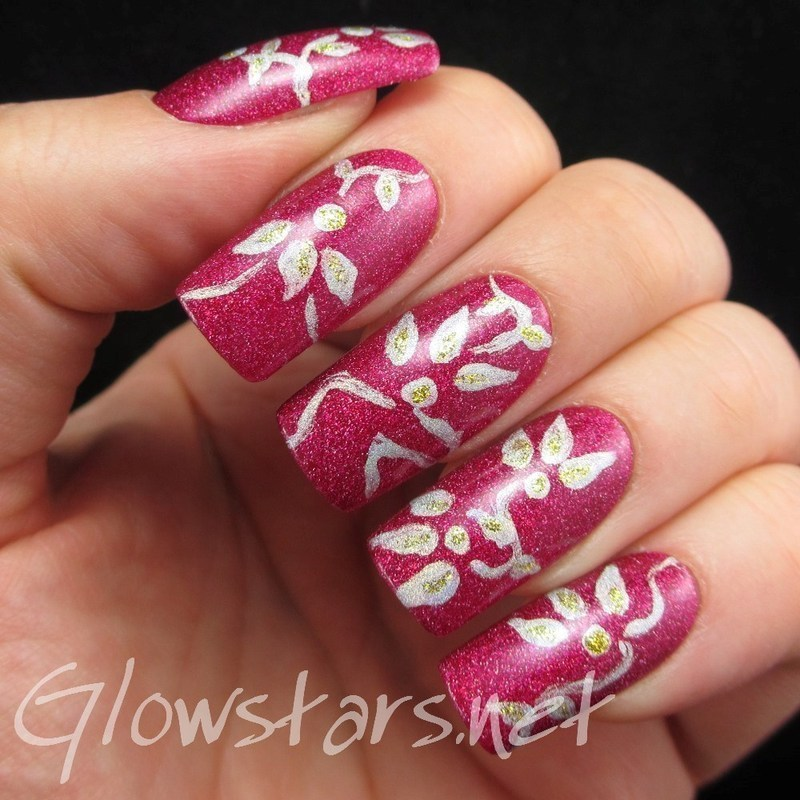 Holo Flowers nail art by Vic 'Glowstars' Pires