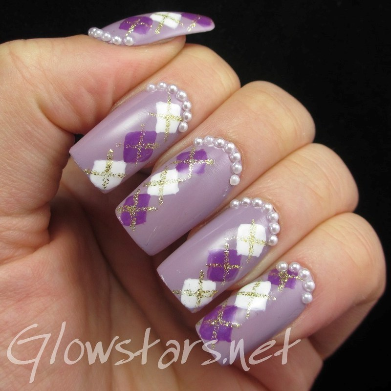 Purple Argyle nail art by Vic 'Glowstars' Pires