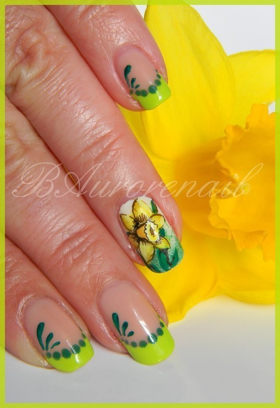Jonquille nail art by BAurorenail