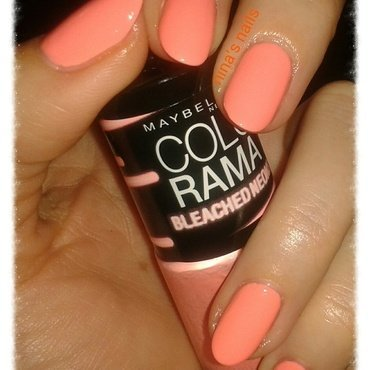 maybelline ny bleached neons #242 Swatch by Nina's nails