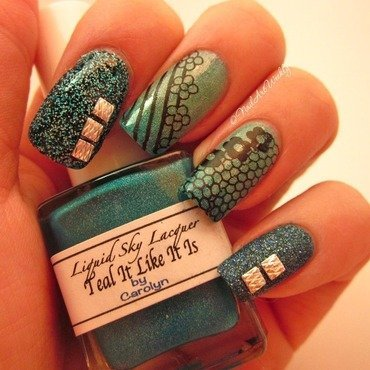unTEAL Sunrise nail art by Karolyn