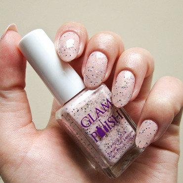 Glam Polish Unreachable Swatch by Yenotek