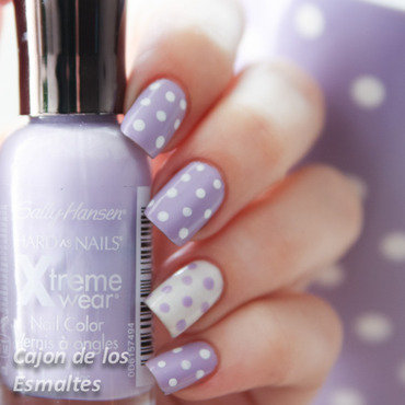 Sally hansen   lacey lilac 4 thumb370f