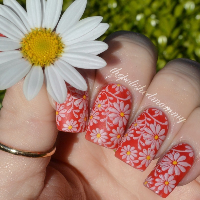 Spring Daisies.  nail art by The Polished Mommy