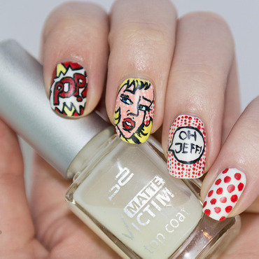 Pop Art Comic nail art by Kathrin