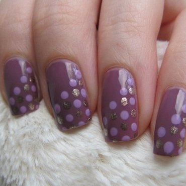 dot dot. nail art by Lumi
