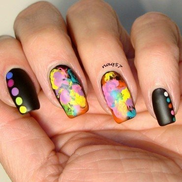 UD Electric Nails nail art by Nora (naq57)