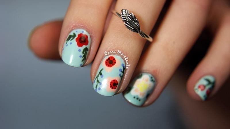 folk flowers nail art by Panna Marchewka