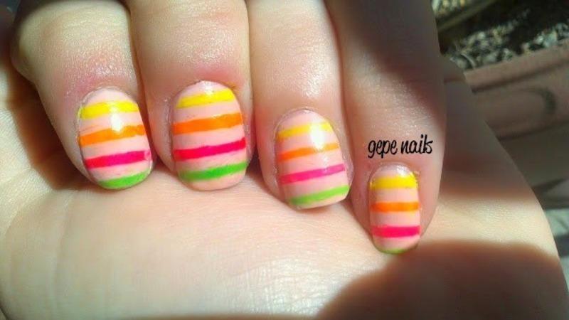 discrete nails nail art by GepeNails