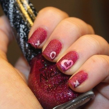 I <3 Gumdrops nail art by Elizabeth Hemingway