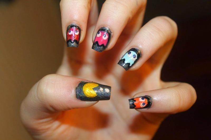 Pacman nail art by Elizabeth Hemingway