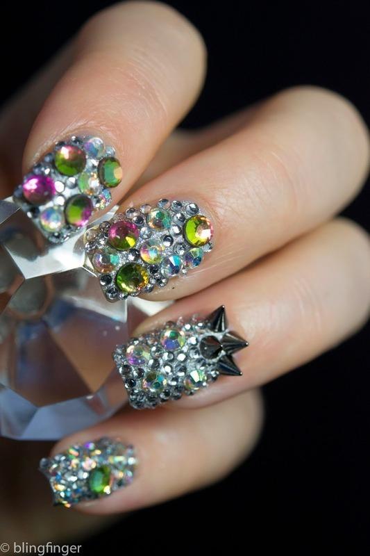 Full Crystal Nails nail art by  Petra  - Blingfinger