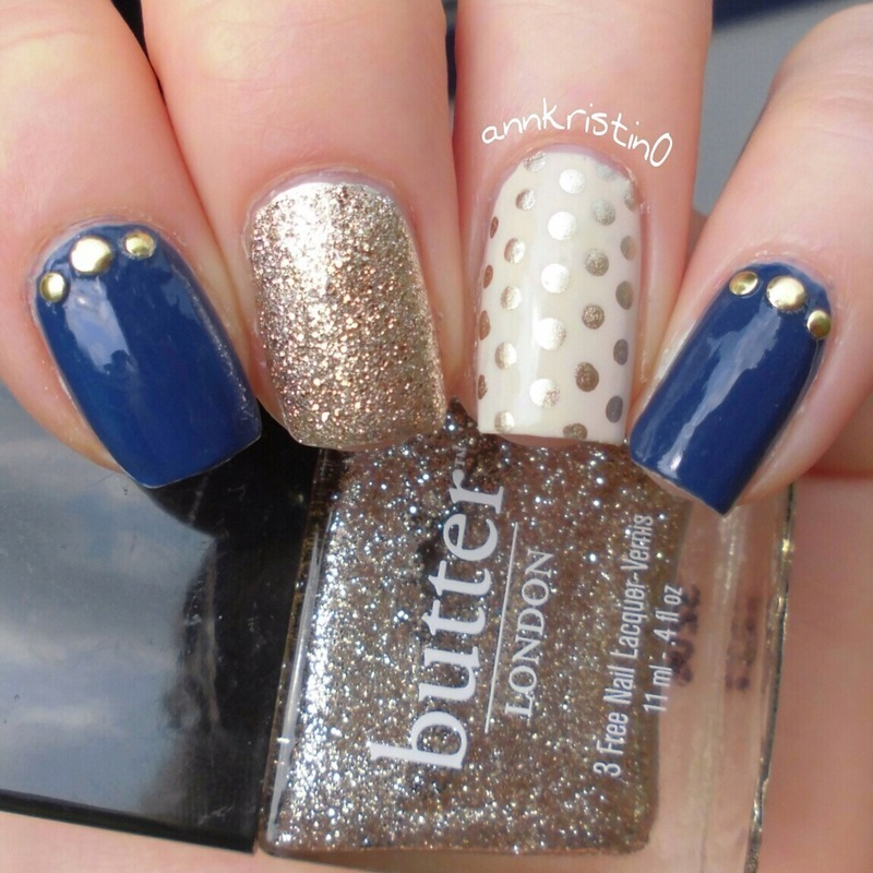 Mix and Match Gold and Navy nail art by Ann-Kristin