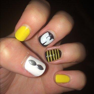 Wu Tang Nailart nail art by Annienailz