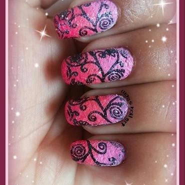 textured swirls nail art by Uma mathur